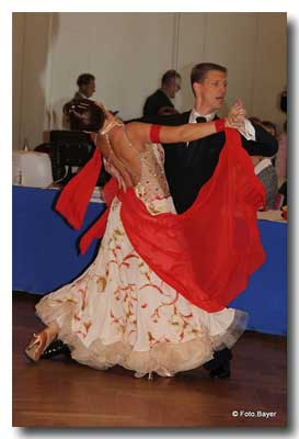 Sen. I S-Klasse Siegerpaar im Tanz; Bild: Carola Bayer